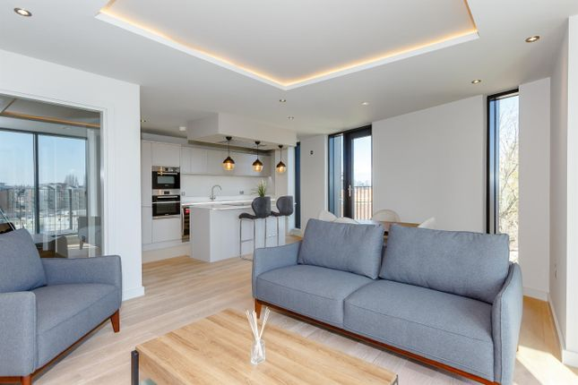 Thumbnail Flat for sale in 3B Stonebow House, The Stonebow, York
