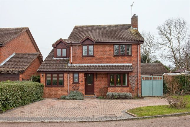 5 bed detached house for sale in Isis Close, Winnersh, Wokingham