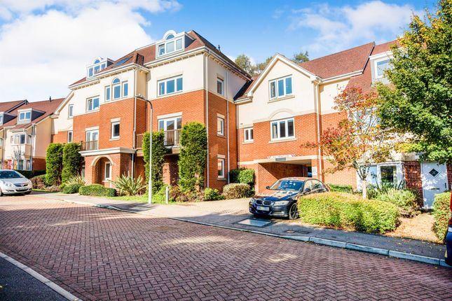 Thumbnail Flat for sale in Addison Road, Tunbridge Wells