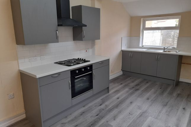 Thumbnail Terraced house to rent in Kings Bench Street, Hull