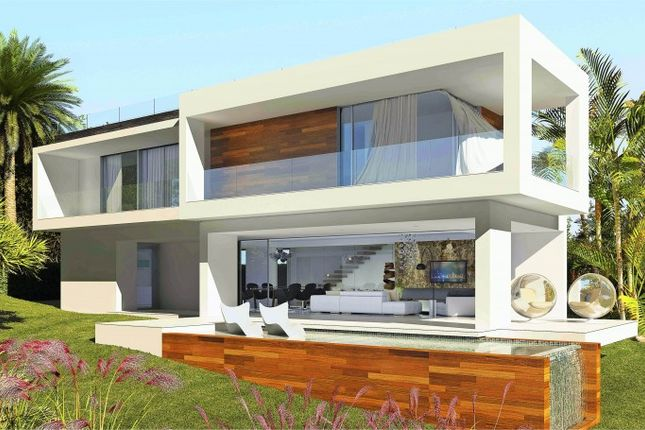 4 bed villa for sale in El Campanario, Marbella West (Estepona), Costa Del Sol