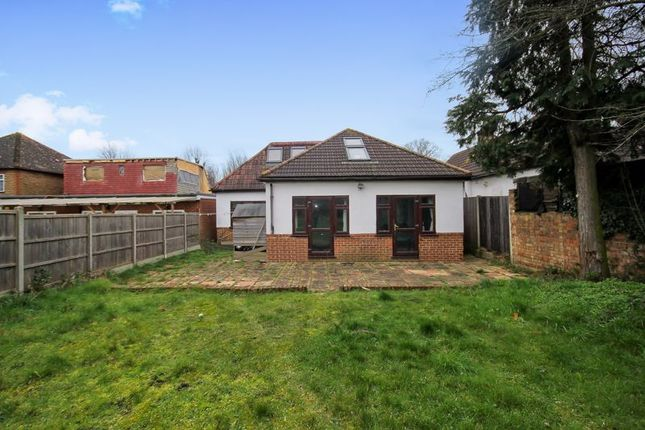 Thumbnail Bungalow for sale in Ravenor Park Road, Greenford