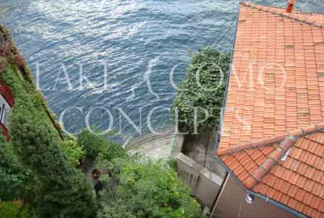 Thumbnail Villa for sale in Villa With A Private Jetty, Nesso, Como, Lombardy, Italy
