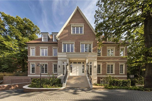 Thumbnail Flat to rent in The Bishops Avenue, Hampstead Garden Suburb