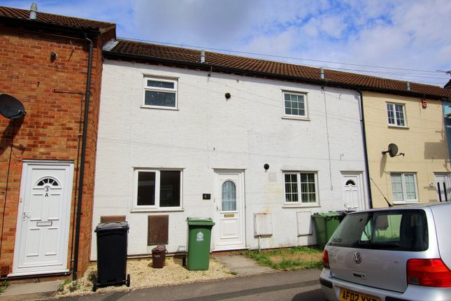 Thumbnail Terraced house to rent in Glynebridge Court, Melbourne Street West, Gloucester