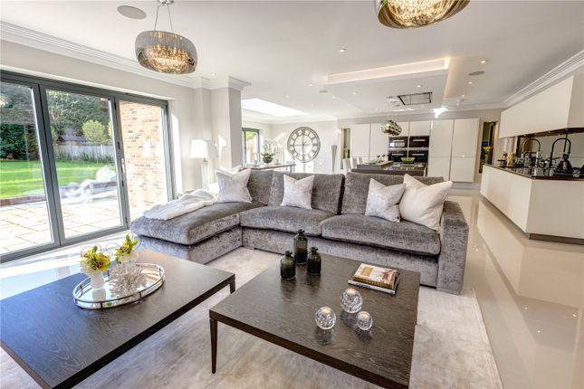 Family Room of Woodlands Glade, Beaconsfield, Bucks HP9
