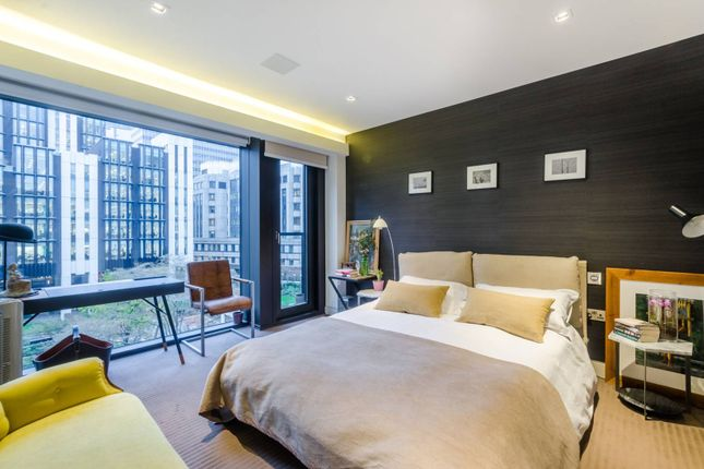 Thumbnail Flat for sale in Roman House, City
