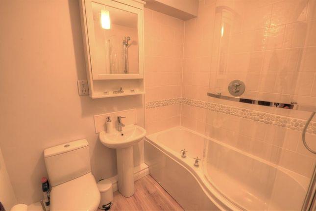 Bathroom of Perran Court, Moor Road, Filey YO14