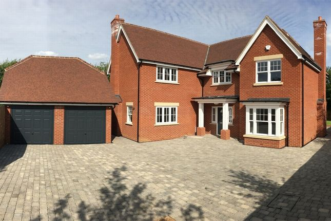 Thumbnail Detached house for sale in Springfield Road, Springfield, Chelmsford