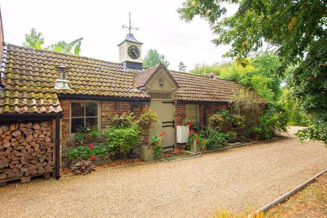 Thumbnail Bungalow to rent in Knell Lane, Ash, Canterbury