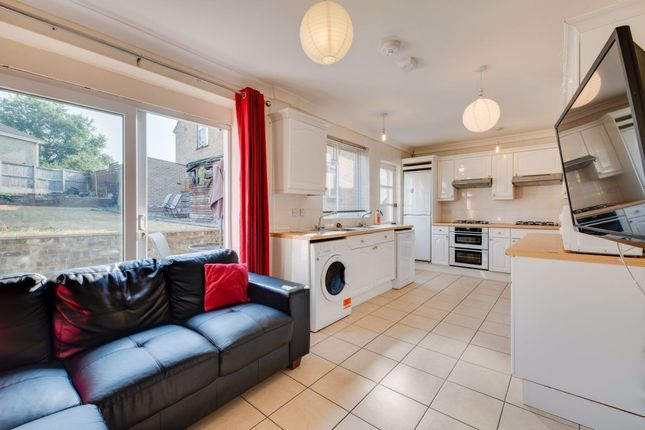 Thumbnail Property to rent in Warwick Road, Canterbury