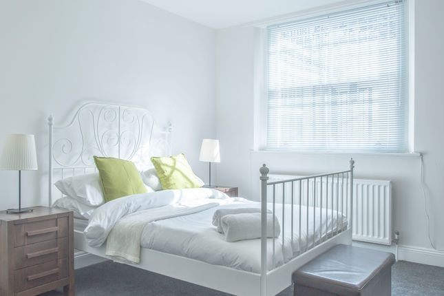 Thumbnail Duplex to rent in 385 City Road, London
