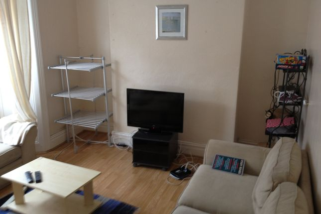 Thumbnail Property to rent in Rhondda St, Mount Pleasant, Swansea