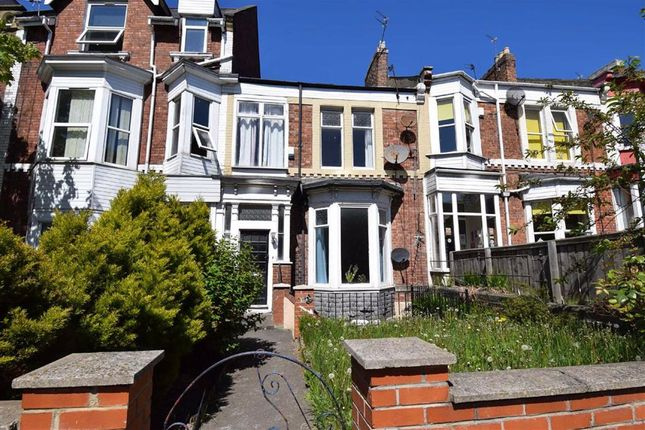 Thumbnail Maisonette to rent in Beach Road, South Shields