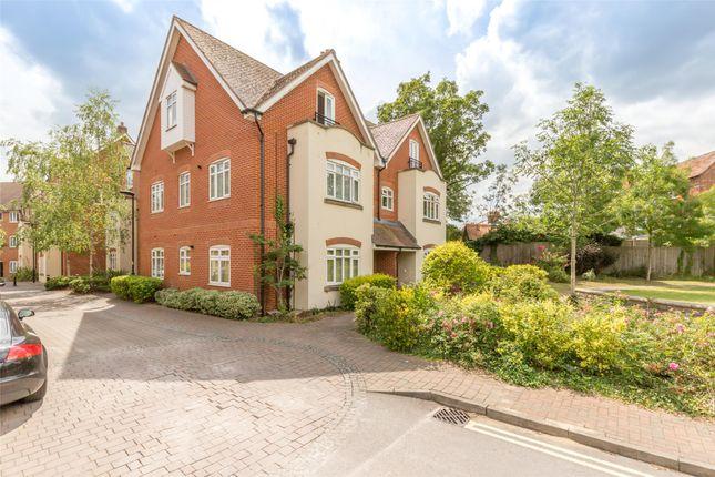 Full Building of Penlon Place, Abingdon, Oxfordshire OX14