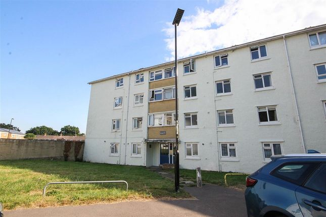2 bed flat to rent in Lower Brownhill Road, Southampton SO16