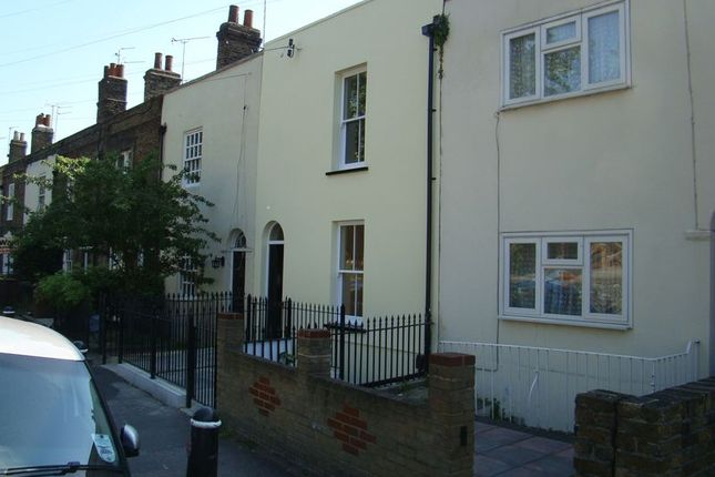Thumbnail Flat to rent in Watts Almshouses, Maidstone Road, Rochester