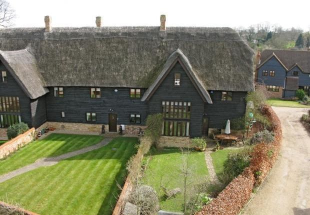 Thumbnail Barn conversion for sale in Thatchers Close, Yelling