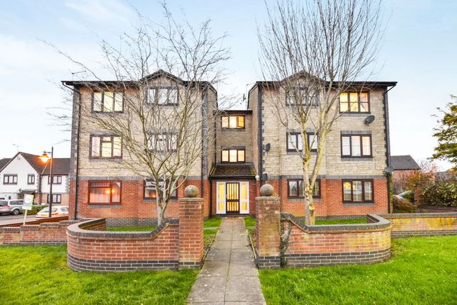Thumbnail Flat for sale in Beaulieu Drive, Yeovil
