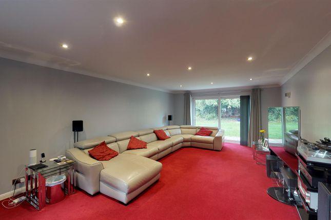 Living Room of Elm Road, Horsell, Woking GU21