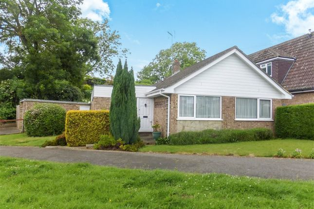 Thumbnail Detached bungalow for sale in Dowthorpe Hill, Earls Barton, Northampton