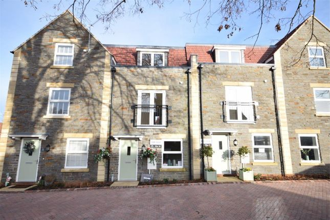 Thumbnail Town house for sale in Richmond Grove, Mangotsfield, Bristol