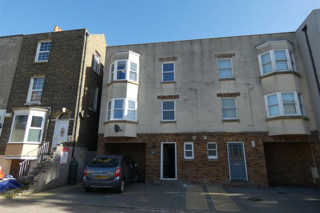 Thumbnail Property to rent in Cottage Road, Ramsgate