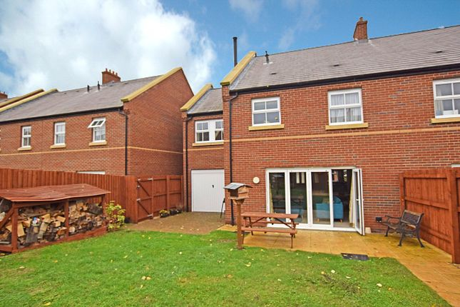 Thumbnail Semi-detached house to rent in Millstream, Exeter