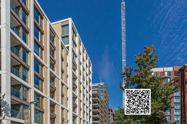 Thumbnail Flat for sale in Salisbury House, Prince Of Wales Drive, 5 Palmer Road