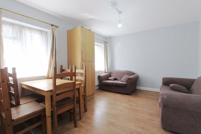 Thumbnail Flat to rent in Parkfield Road, Northolt