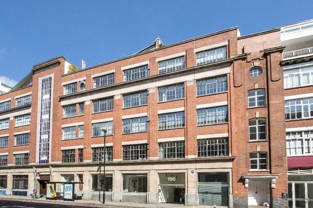 Thumbnail Flat for sale in St John Street, London