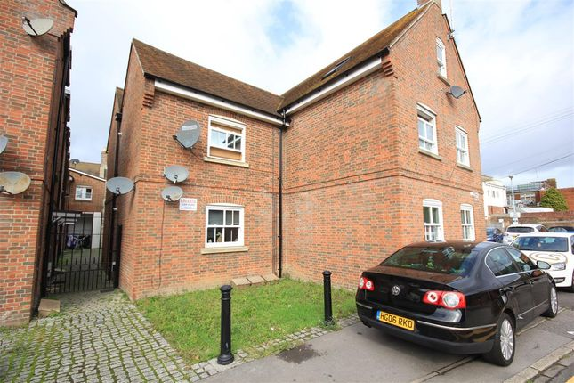 Thumbnail Flat to rent in The Courtyard, 1 Prosperous Street, Poole