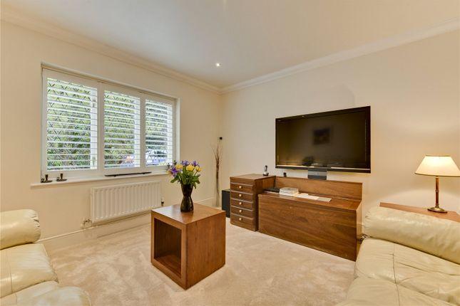 Family Room of Hall Place Drive, Weybridge, Surrey KT13