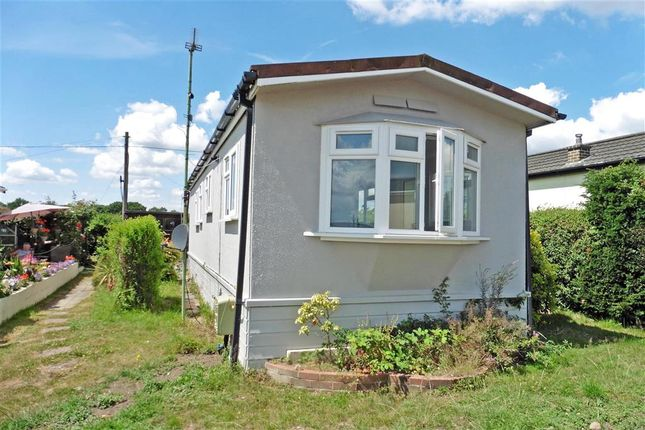 2 Bed Mobile Park Home For Sale In Rye Lane Otford Sevenoaks