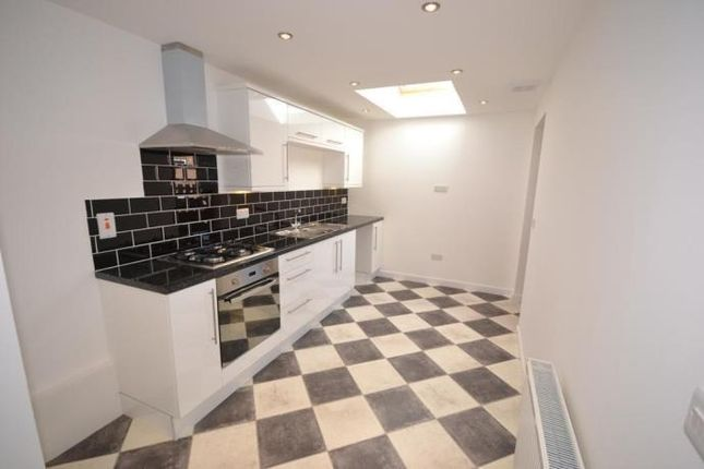 Thumbnail Detached house to rent in Mid Street, Alyth, Blairgowrie
