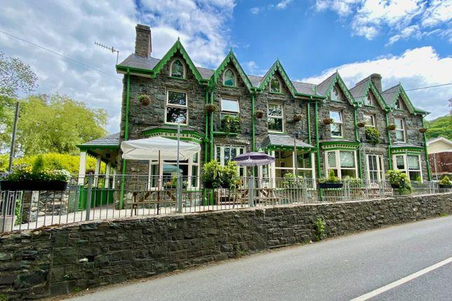 7 bed detached house for sale in Llanbedr LL45