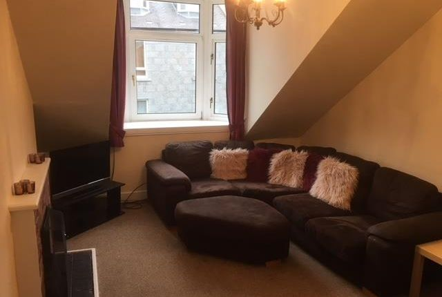 Thumbnail Flat to rent in Lamond Place, Aberdeen