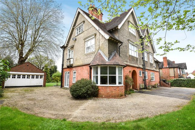 Picture No. 05 of Shinfield Road, Reading, Berkshire RG2