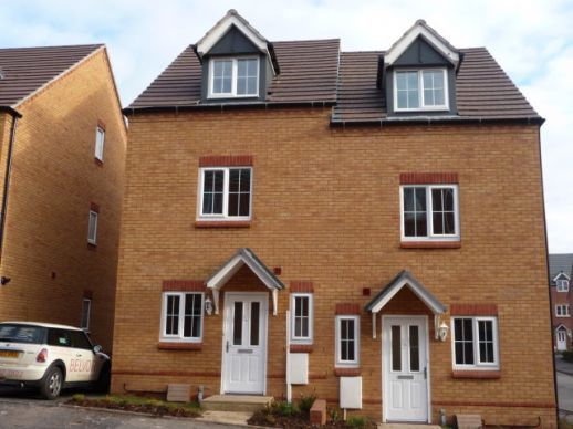 Thumbnail Town house to rent in Eagleworks Drive, Walsall