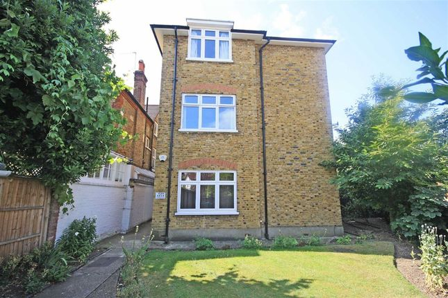 Thumbnail Flat to rent in Bramcote Road, London