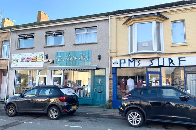 Thumbnail Flat to rent in New Road, Porthcawl