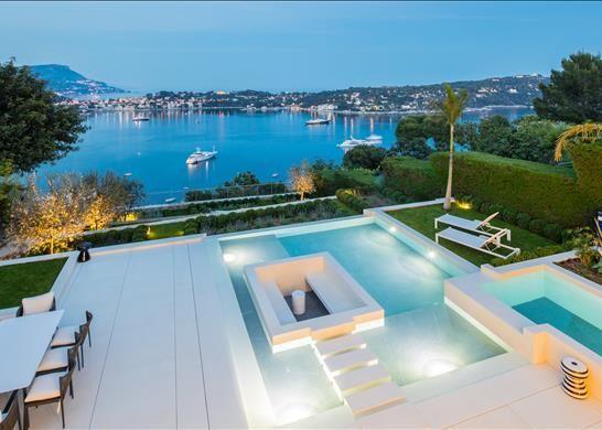 Detached house for sale in 06230 Villefranche-Sur-Mer, France
