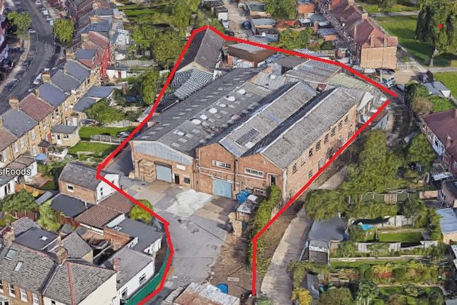 Industrial to let in Crawley Road, London