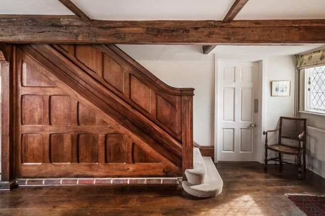House. Estate Agency Cranleigh Stairs