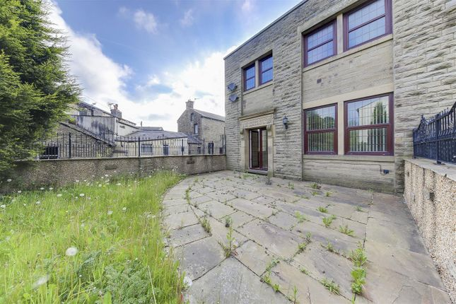 Thumbnail Flat to rent in Victoria Mill, Waterfoot, Rossendale