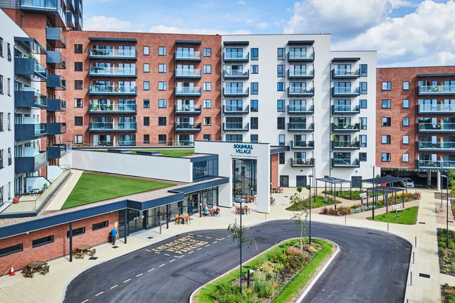 2 bed flat for sale in Retirement Apartment, Stratford Road, Shirley B90