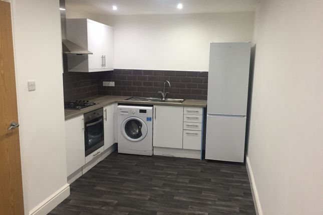 Thumbnail Flat to rent in Central Avenue, Manchester, Greater Manchester