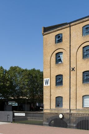 Warehouse W (5) of Warehouse W, Western Gateway, London E16