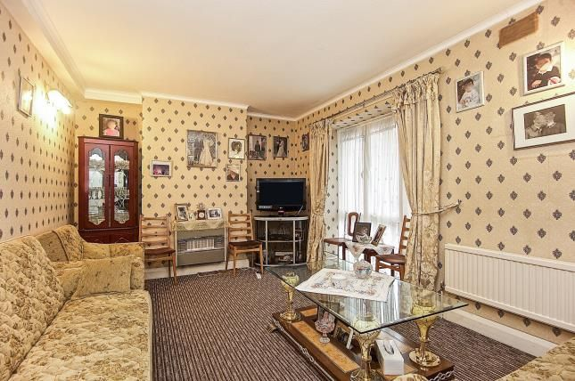 Thumbnail Maisonette for sale in Hillrise Mansions, Warltersville Road, London, .