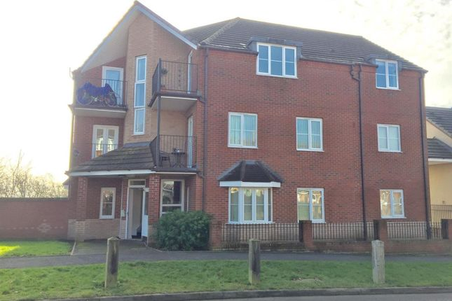 Flat for sale in Spruce Road, Nuneaton